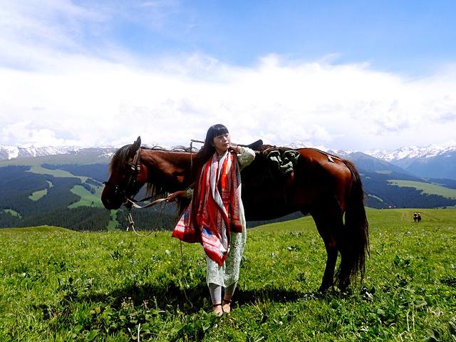 """""""...过新疆:国内别的地区有的风景新疆有,别的地区没有的风景新疆也有,所以想要观赏优美的风景就去新疆_霍城65团薰衣草基地""""的评论图片"""