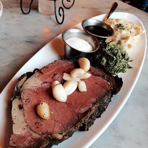 """""""...附近的The stinning Rose,这家餐厅的特色就是蒜头,酱料非常特殊,充斥着一股蒜味_旧金山唐人街""""的评论图片"""