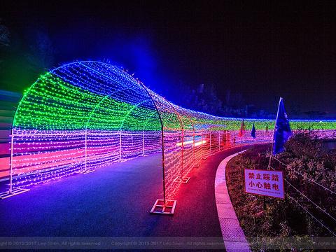 雪山彩虹谷旅游区旅游景点图片
