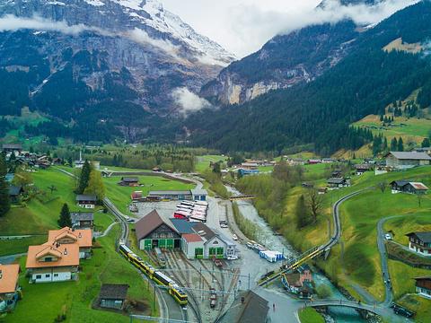 阿尔卑斯山脉旅游景点图片