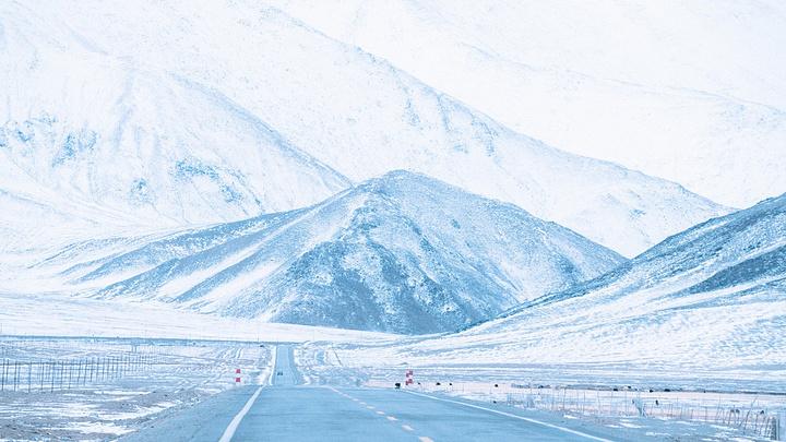 """""""...盖住,根本看到不其他的东西,以至于这一天所经过看到的东西和最后从塔县回喀什时看到的景色完全不同_白沙山和流沙河""""的评论图片"""