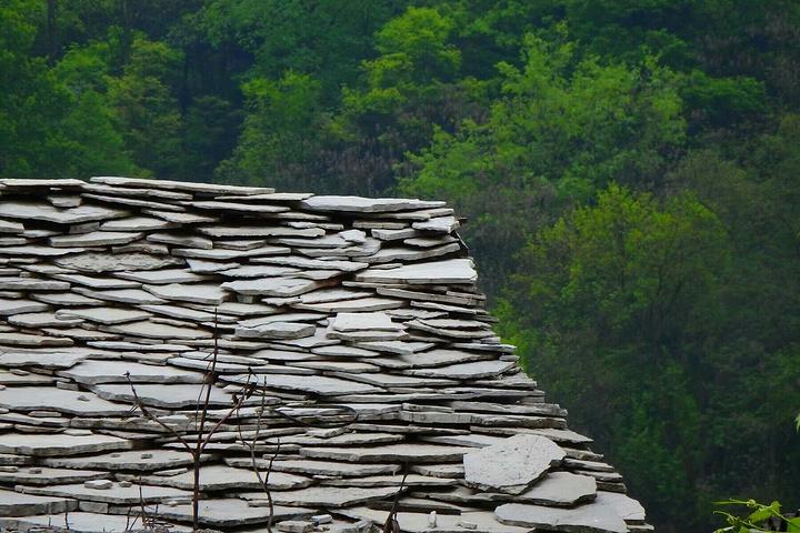"""""""走在天龙屯堡的石头城里,一种浑然天成的心情尤然而生……。而且这里屯堡人还穿着那个时候的服饰_天龙屯堡""""的评论图片"""