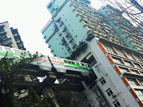 轻轨2号线旅游景点图片