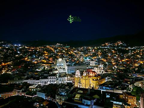 皮皮拉山旅游景点图片