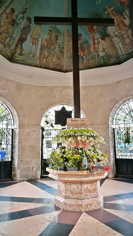 """""""途中惊喜的发现了这个美丽静谧的小岛,也因此宿务成为菲律宾最早开发的城市,被誉为""""菲南皇后城""""_麦哲伦十字架""""的评论图片"""