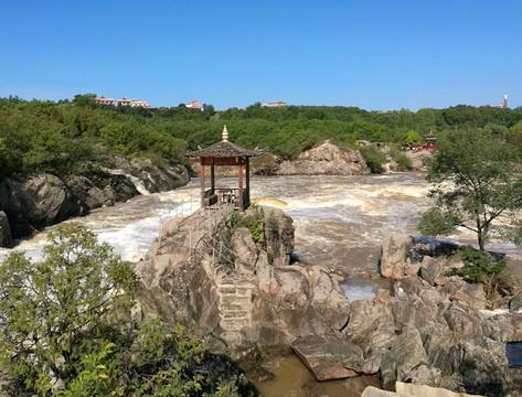 牡丹江镜泊湖大峡谷民俗度假村