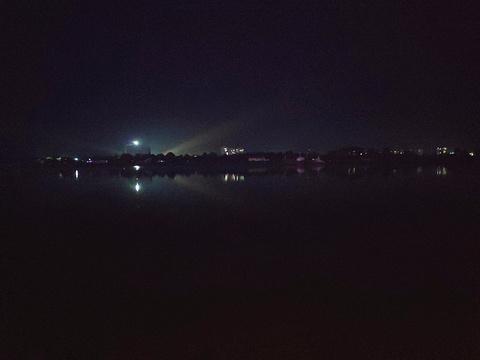 月亮岛旅游景点图片