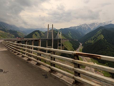 果子沟大桥旅游景点图片