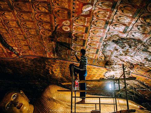 丹布勒石窟寺旅游景点图片