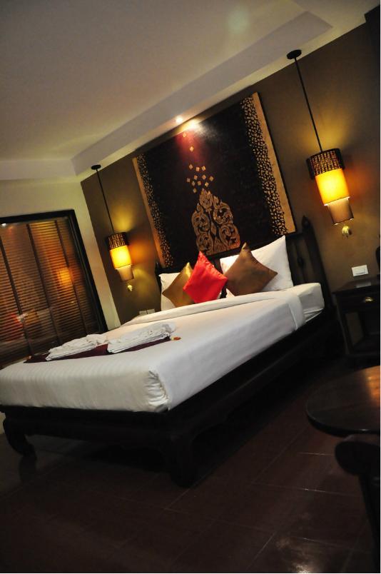 普吉岛希拉兰纳酒店(Siralanna Hotel Phuket)