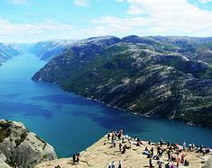 挪威,一个人的不落夏日