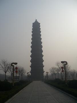 铁塔旅游景点攻略图