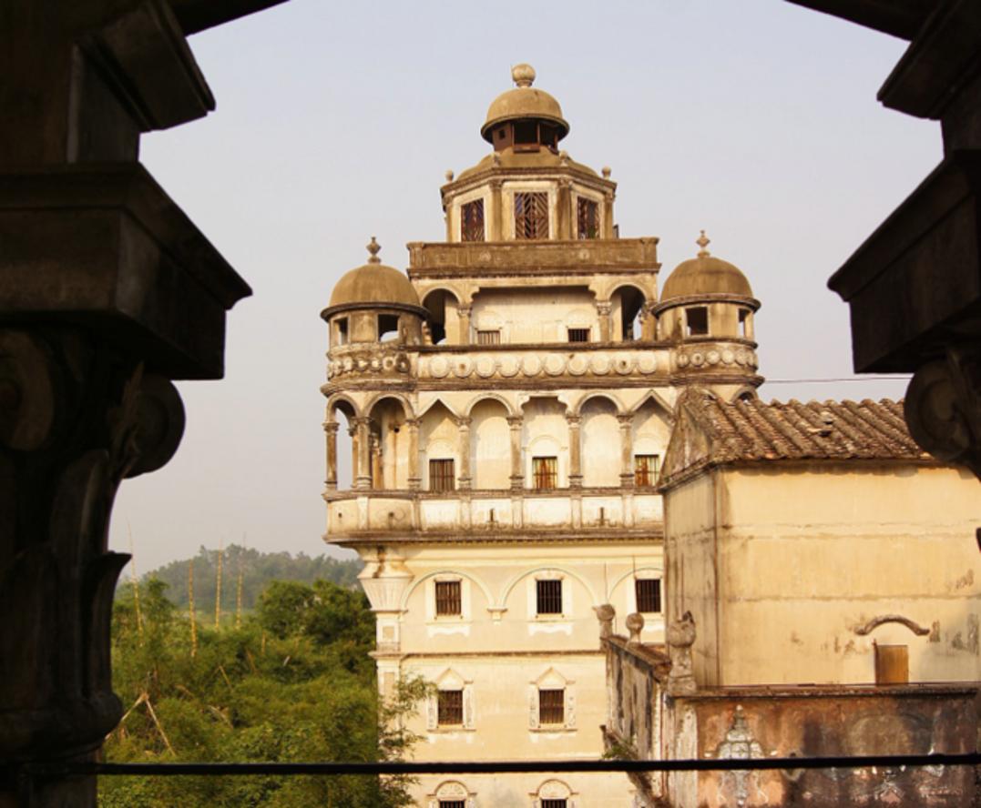 见证文化与历史的开平碉楼