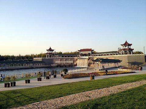 克拉玛依九龙潭旅游景点图片