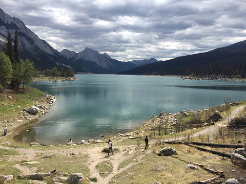 巫药湖旅游景点攻略图