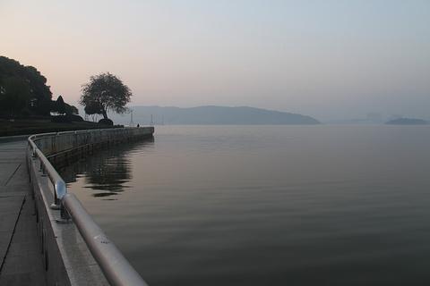南湖旅游景点攻略图