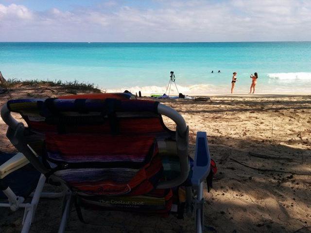 """""""现在开始愈来愈多旅客发现这个海滩,这个海滩感觉比Kailua小镇的海滩更宁静,加上绝美的风景,..._怀马纳洛海滩""""的评论图片"""