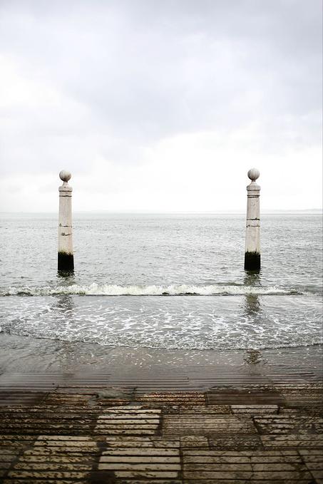 漫步海边图片
