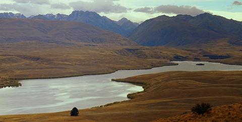 亚历山大利娜湖