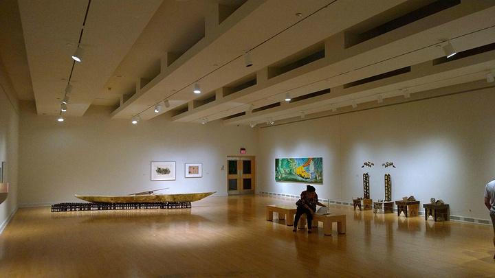 """""""ASU几乎囊括了凤城几十年来的昔日经典今日新锐建筑实践,老得如赖特当年的gammage,新的像..._凤凰艺术博物馆""""的评论图片"""