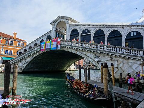 里亚托桥旅游景点图片