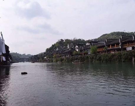 沱江泛舟旅游景点攻略图