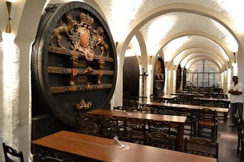 市政厅酒窖餐厅旅游景点攻略图