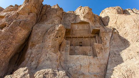 大流士石窟墓