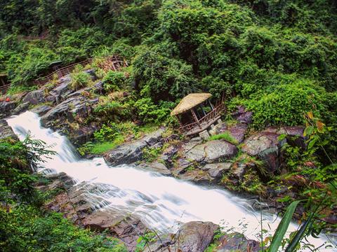 落九天瀑布旅游景点图片
