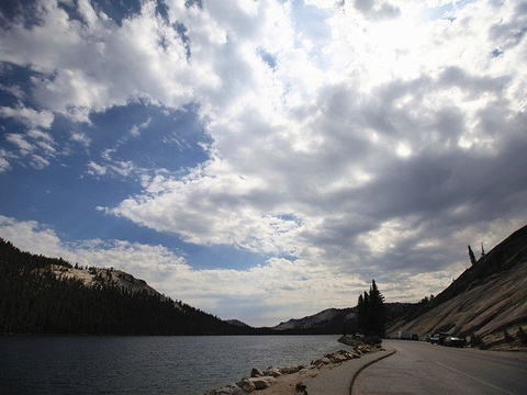 特纳亚湖旅游景点图片