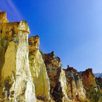 彩色沙林旅游景点攻略图