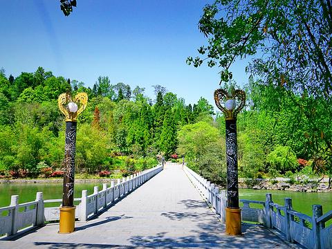 龙宫旅游景点图片