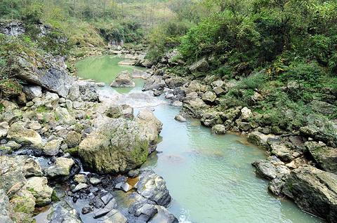 穿洞瀑布旅游景点攻略图