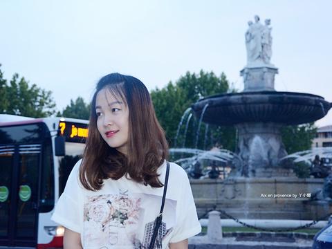 圆亭喷泉旅游景点图片
