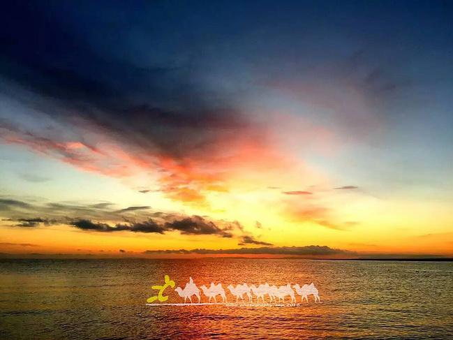 青海湖日出图片