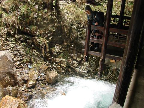 大泊水瀑布风景区旅游景点图片