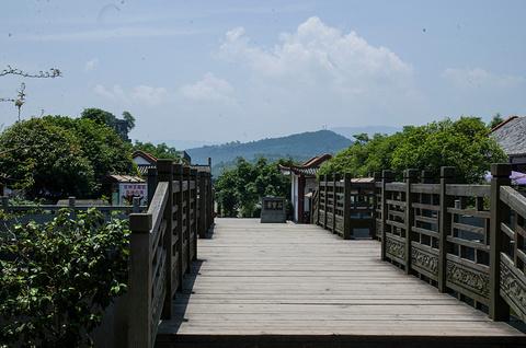 石宝寨旅游景点攻略图