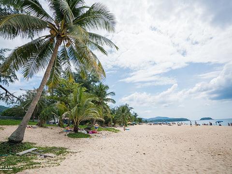卡伦海滩旅游景点图片