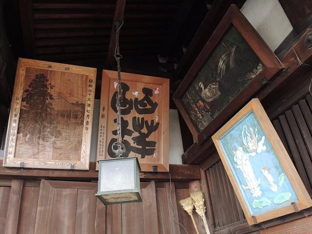 """""""二月堂是挺雄伟的。登临的台阶,右边有石灯笼,左边是捐钱善长的碑。_二月堂""""的评论图片"""