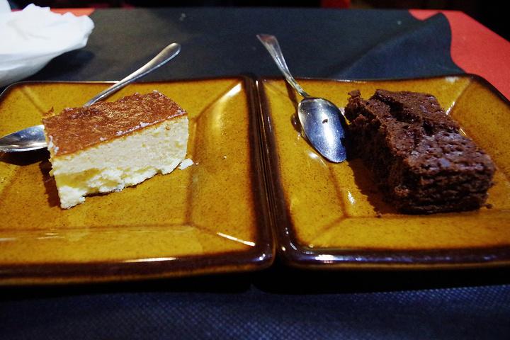 """""""面、饭和烤鱼都不错,就是牛扒好像口香糖一样,又硬又老,芝士蛋糕还可以,巧克力蛋糕不好吃_Fragua Grill""""的评论图片"""