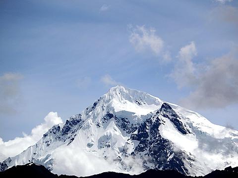 梅里雪山旅游景点图片