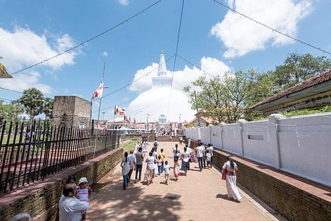 Ruwanwelisaya Stupa旅游景点攻略图