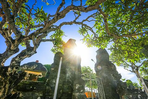 乌鲁瓦图寺旅游景点攻略图