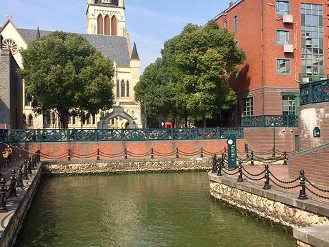 泰晤士小镇旅游景点图片