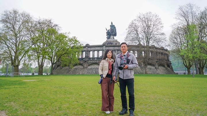 """""""它被称为德意志之角,从它建造完成的那一天其,就吸引力众多的游客来此参观。_德意志之角""""的评论图片"""