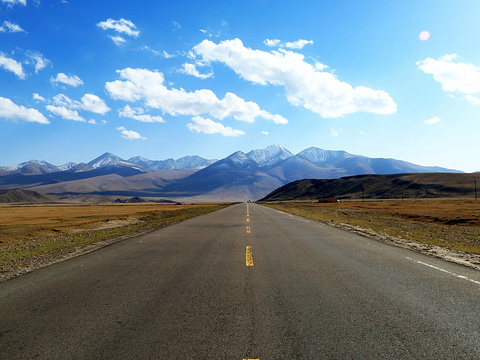 独库公路旅游景点图片