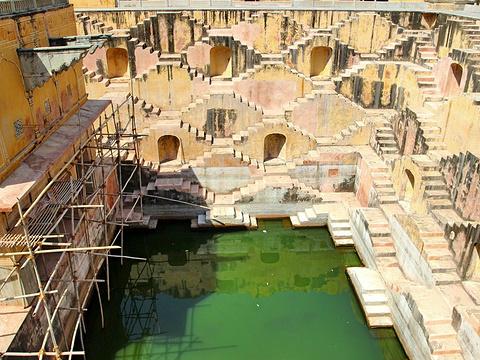 阶梯水井旅游景点图片