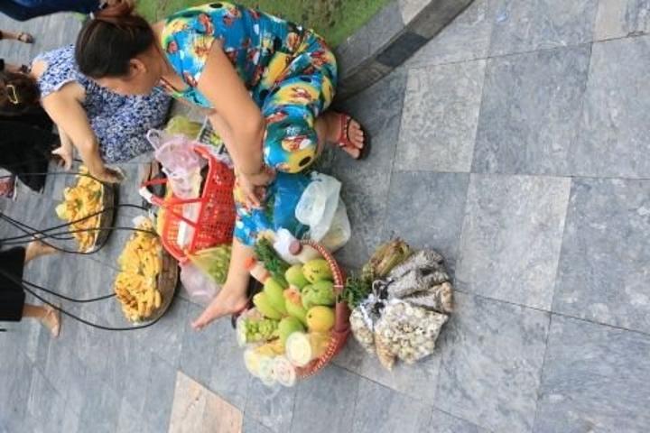 """""""...的士 把整个西贡的 景点 转了一圈,所以很方便,租7座车也就是150元左右,免去了找景点的麻烦_西贡圣母大教堂""""的评论图片"""
