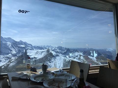 雪朗峰旋转餐厅旅游景点图片