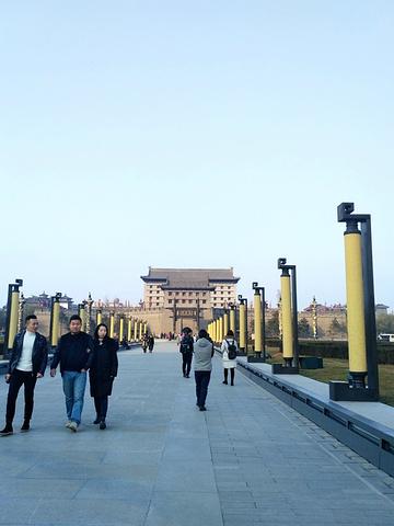 """""""【游览时间】我是步行了2小时,一下子肯定走不完,后面见到有门就出去了!其中刘家和米家比较不错!很方便_西安城墙""""的评论图片"""